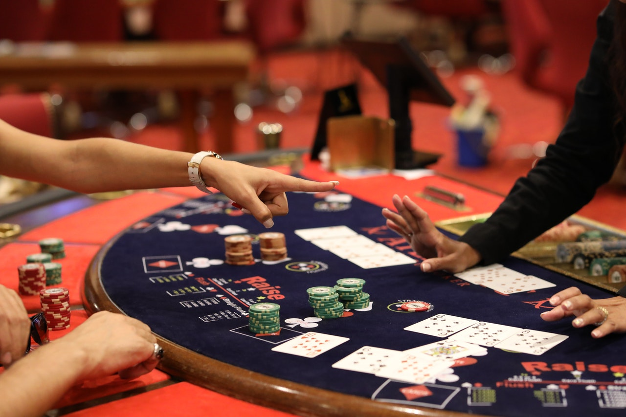 Blackjack: understanding the martingale strategy